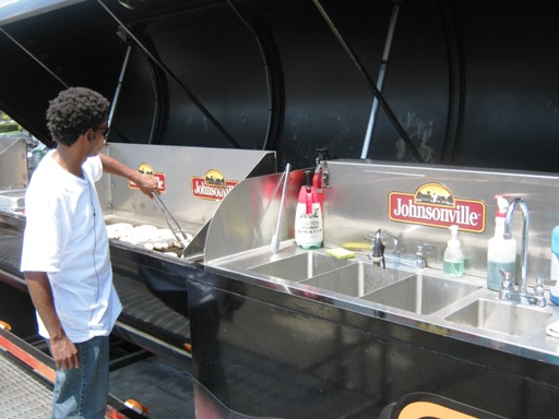 2009-07-19 – Johnsonville BIG Grill 011