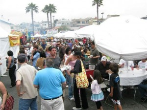 Tussling with the crowds at Fiesta Hermosa.